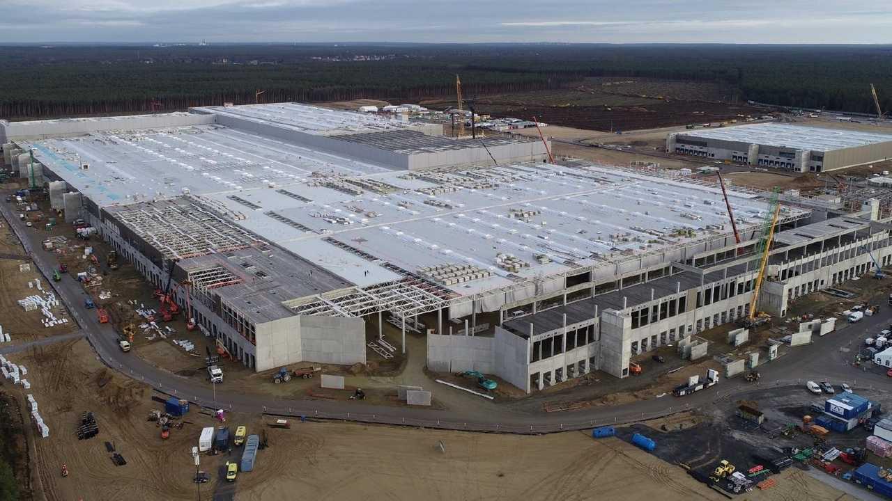 Tesla Giga Berlin (Gigafactory 4) Model Y factory construction (Tesla Q4 2020 report)