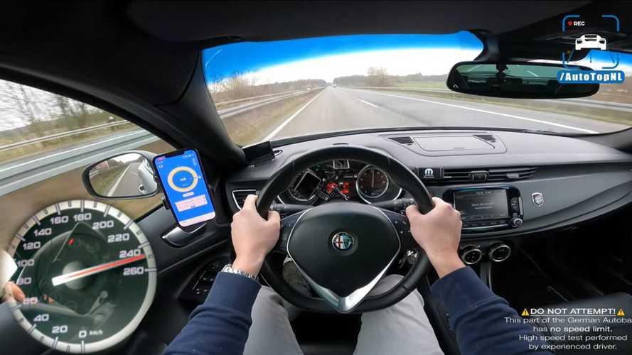 El olvidado Alfa Romeo Giulietta Quadrifoglio se luce en una Autobahn