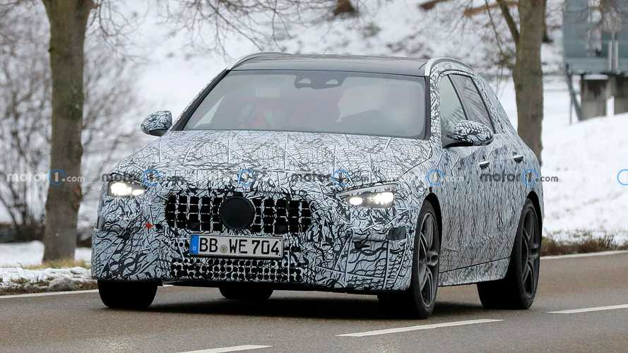 2022 Mercedes-AMG C53 wagon spy photos
