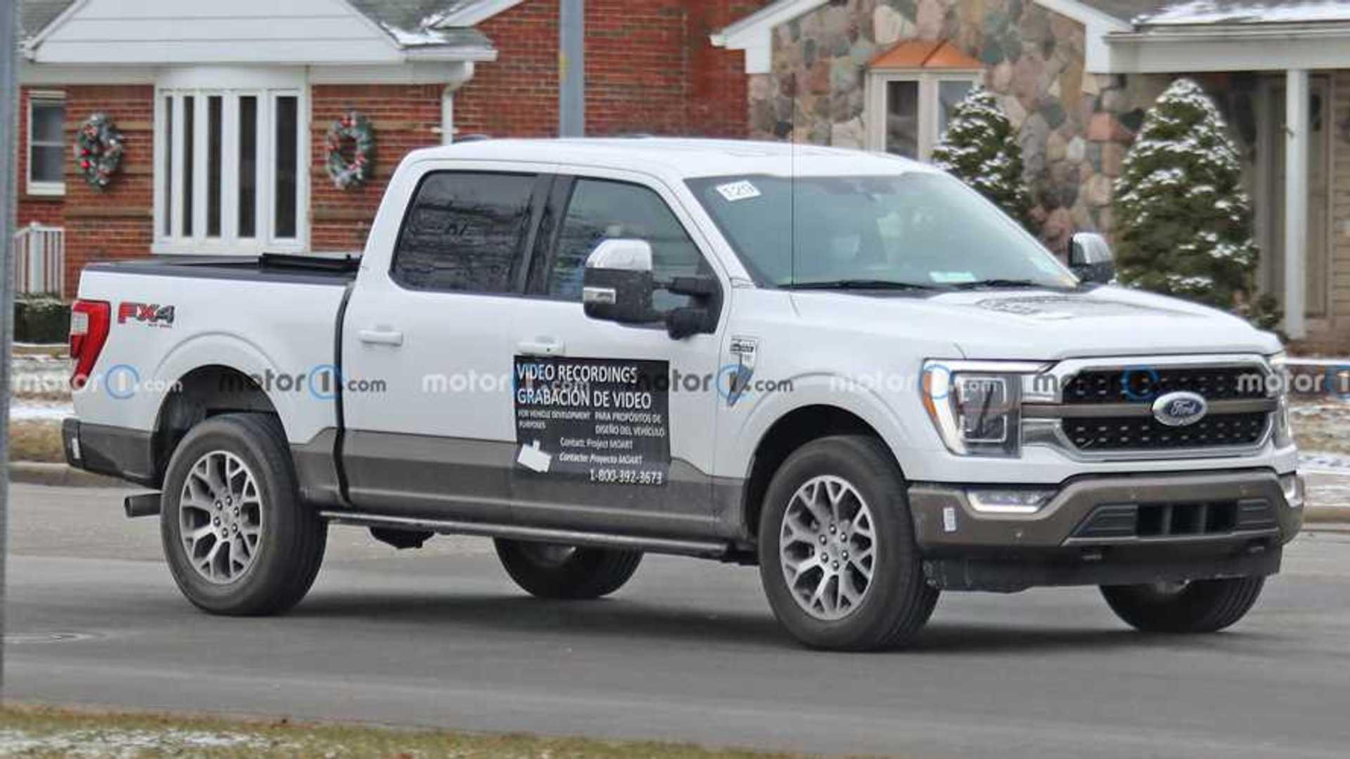 Шпионские снимки Ford F-150 показывают, что на алюминиевый грузовик наносят магнитную краску