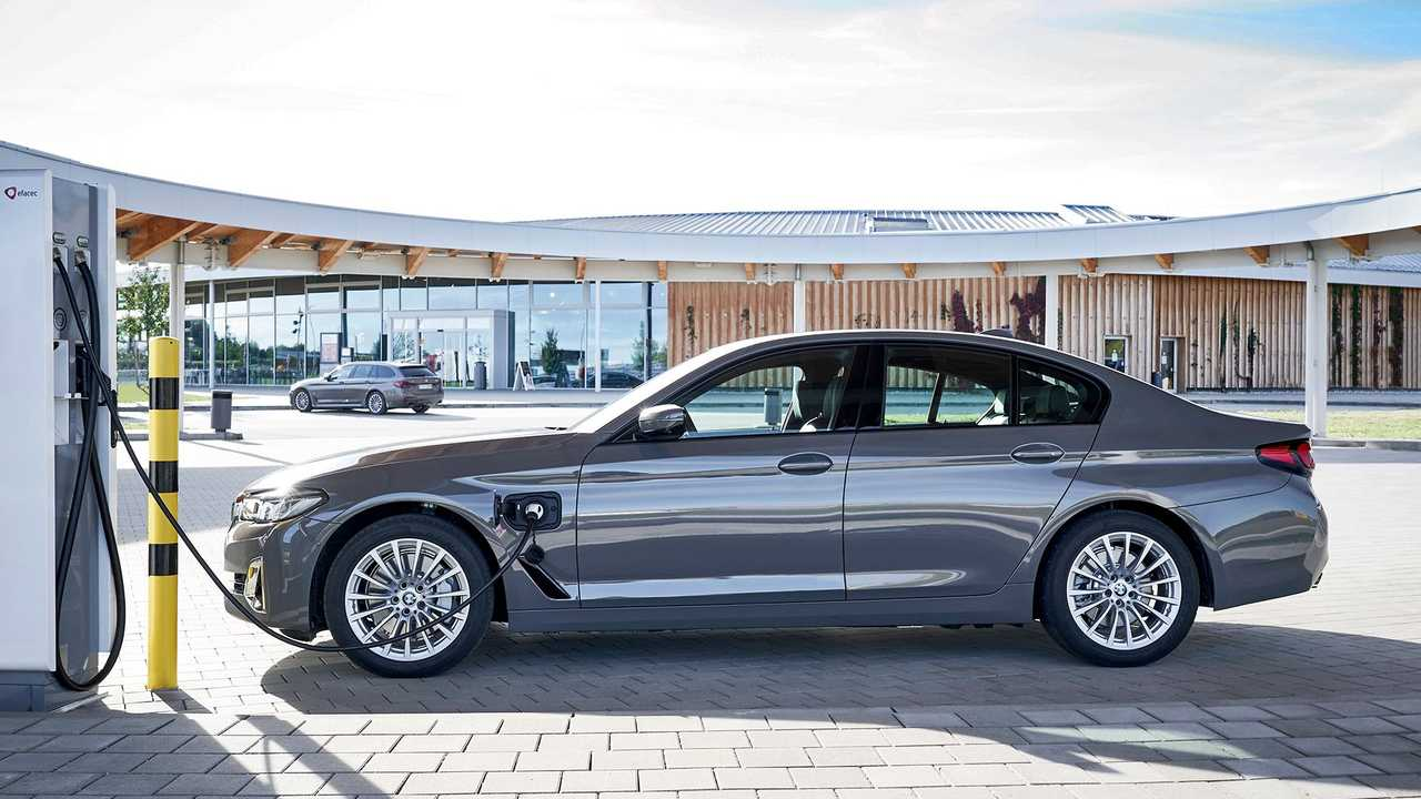 BMW 320e e BMW 520e