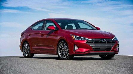 2019 Hyundai Elantra İlk Sürüş: Daha sedan, daha keskin