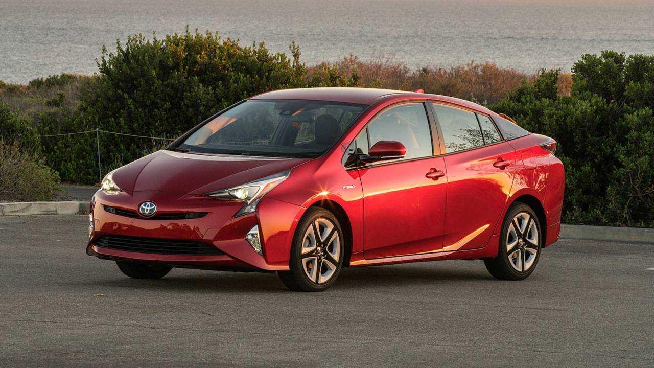 3. (TIED) Toyota Prius: 33.4 days