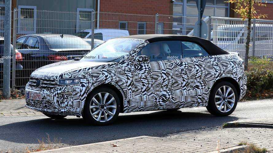 2020 VW T-Roc Convertible ilk kez görüntülendi