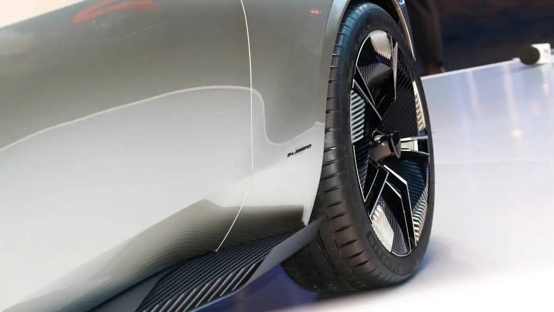 Retro Tastic Peugeot E Legend Concept Beautifies Paris Motor Show