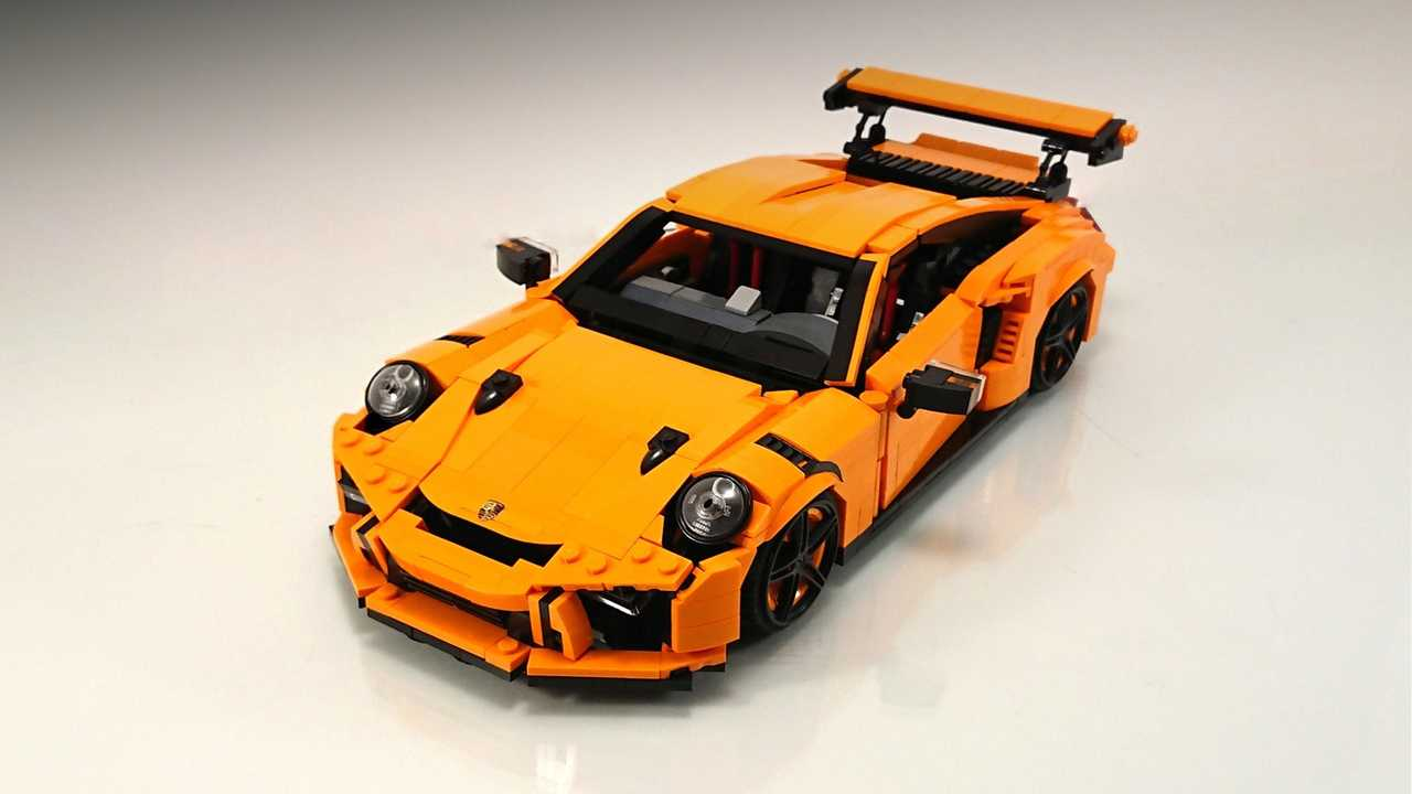 lego porsche 911 gt3 rs custom build is awesome in every way