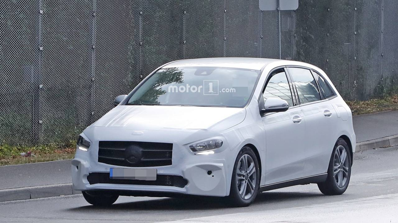 2019 mercedes b class returns in most revealing spy shots to date. Black Bedroom Furniture Sets. Home Design Ideas