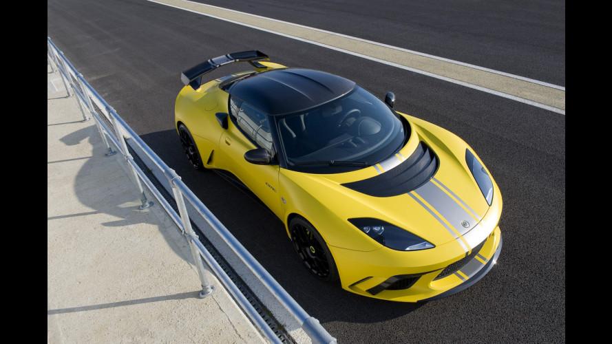 A Ginevra una Lotus Evora GTE in stile F1