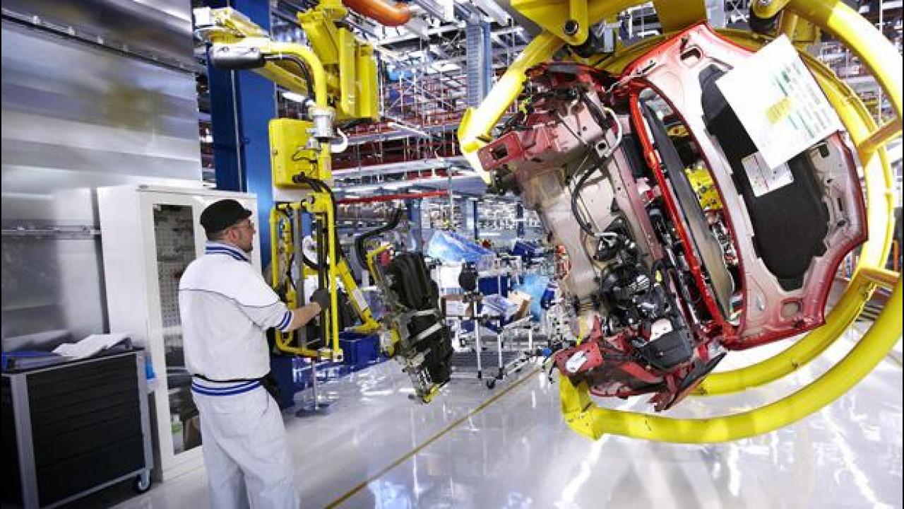 [Copertina] - Fiat presenterà un nuovo piano aziendale entro ottobre