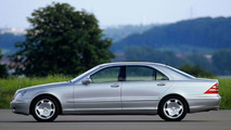 Mercedes-Benz S 600 long wheelbase W220