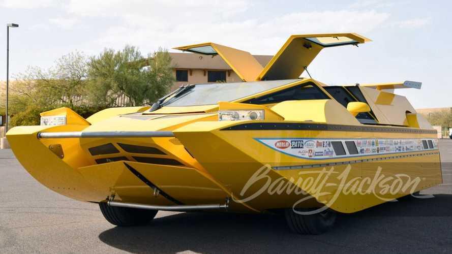 Gita in barca o in auto? Entrambe con l'Hydrocar da 773 CV