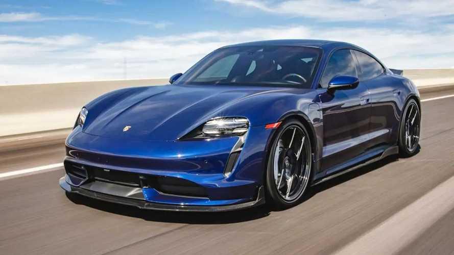 Porsche Taycan fica estiloso com kit aerodinâmico em carbono