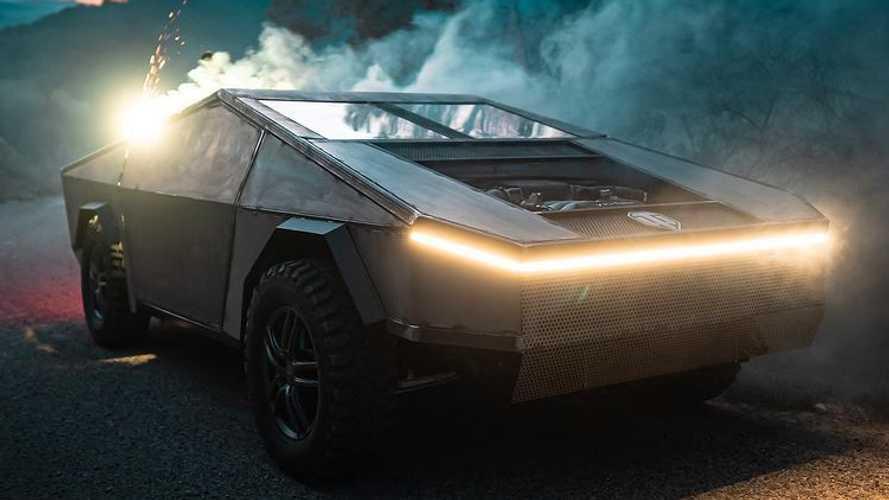 Vidéo - Une Audi S6 V10 transformée en CyberTank