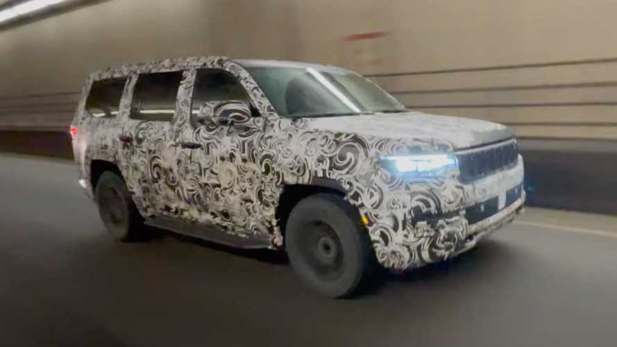 Jeep Grand Wagoneer Prototype Caught Testing In A Hurry