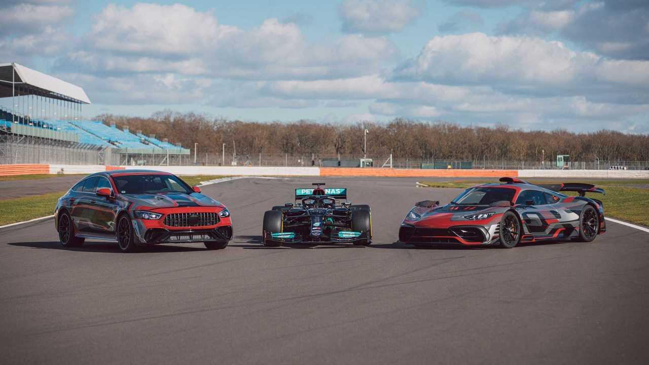 Самый мощный спорткар Mercedes-AMG впервые показали на фото