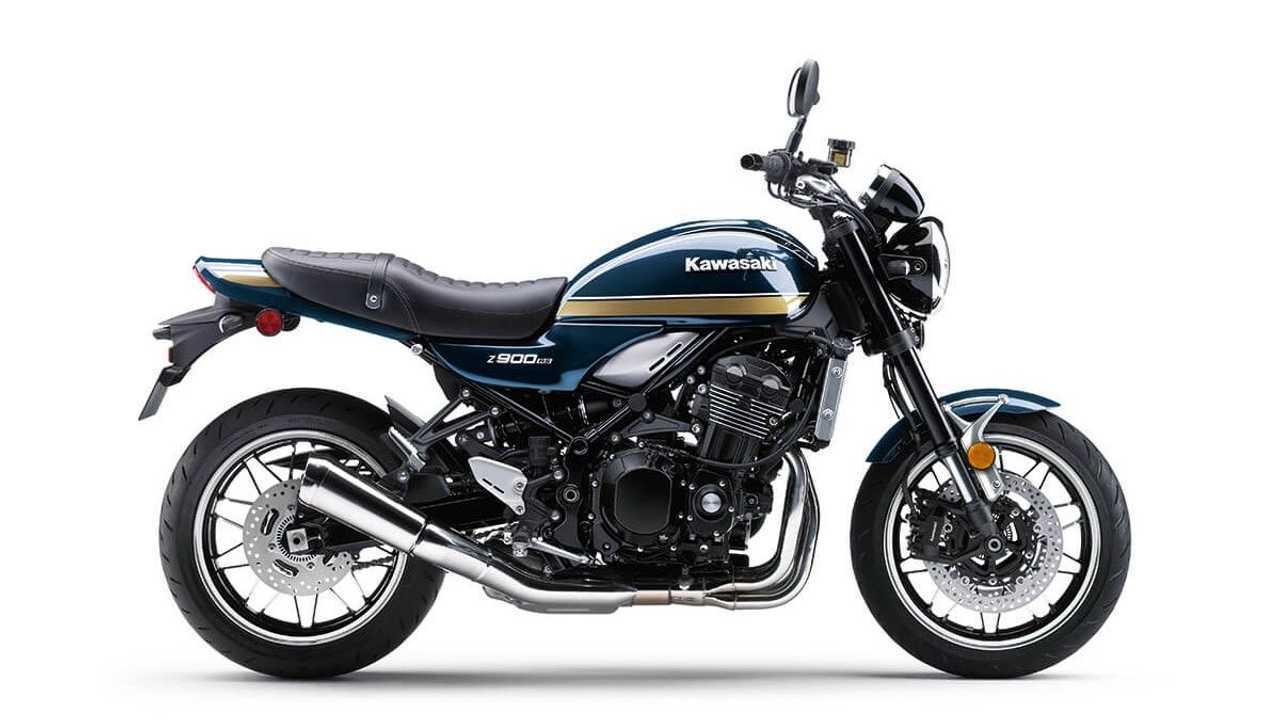 2022 Kawasaki Z900 RS - Side, Right