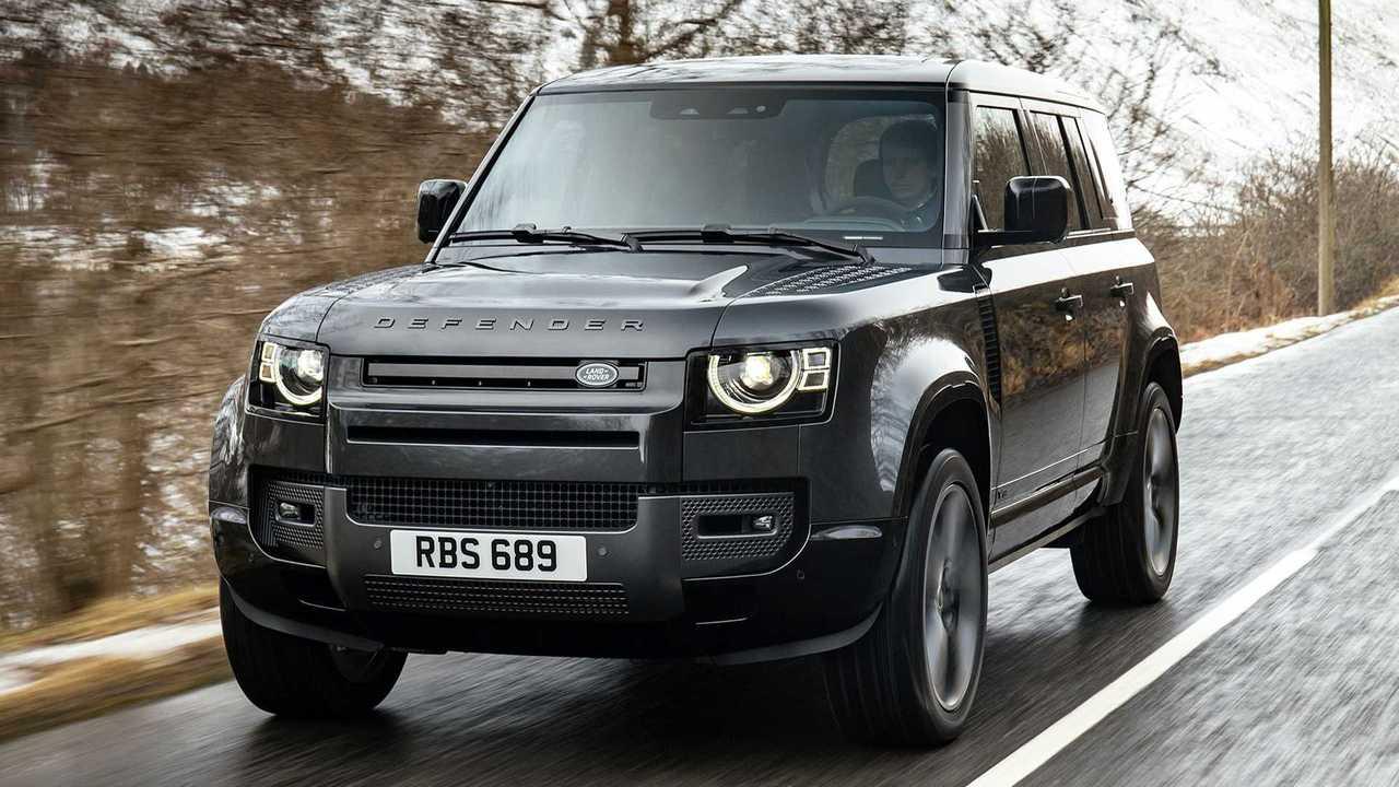 Новый Defender с V8 добрался до России: объявлены цены