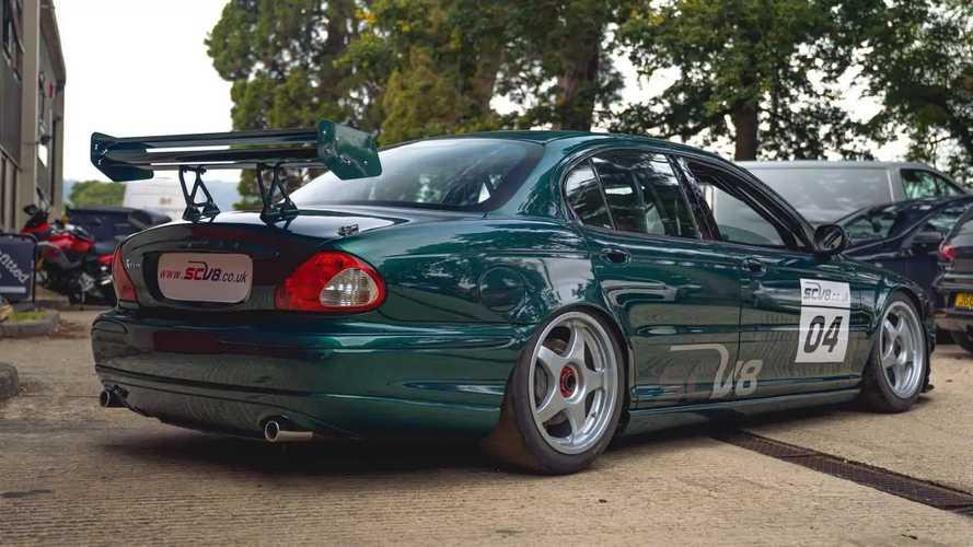 Jaguar X-Type SCV8 de carreras