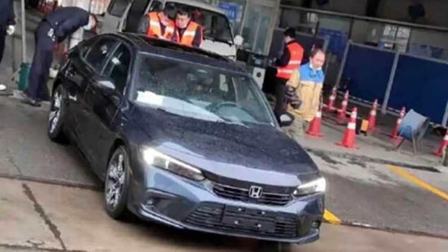 All-new 2022 Honda Civic spied out in the open for the first time