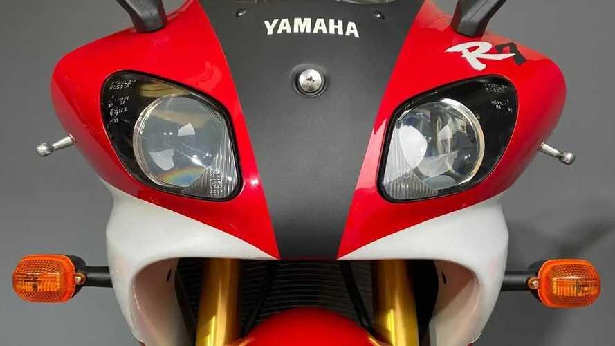1999 Yamaha YZF-R7 OW02