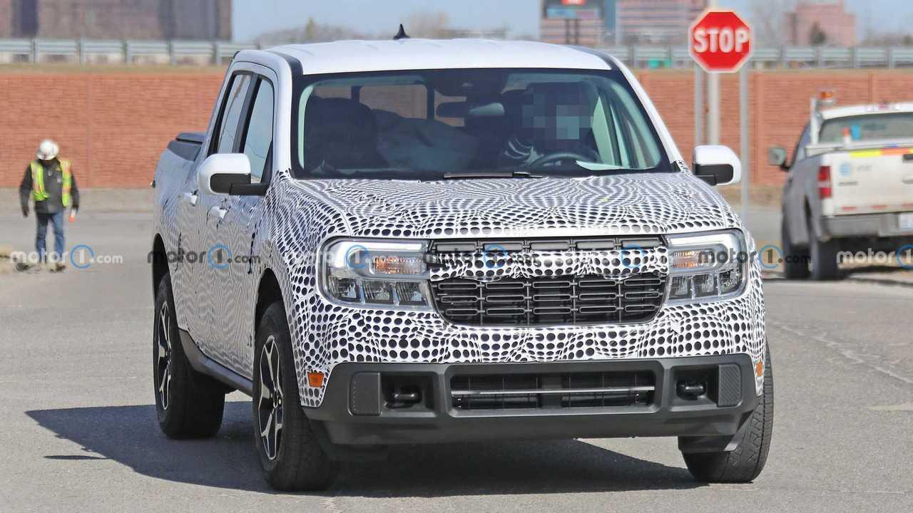 Ford Maverick Spy Foto Frontale
