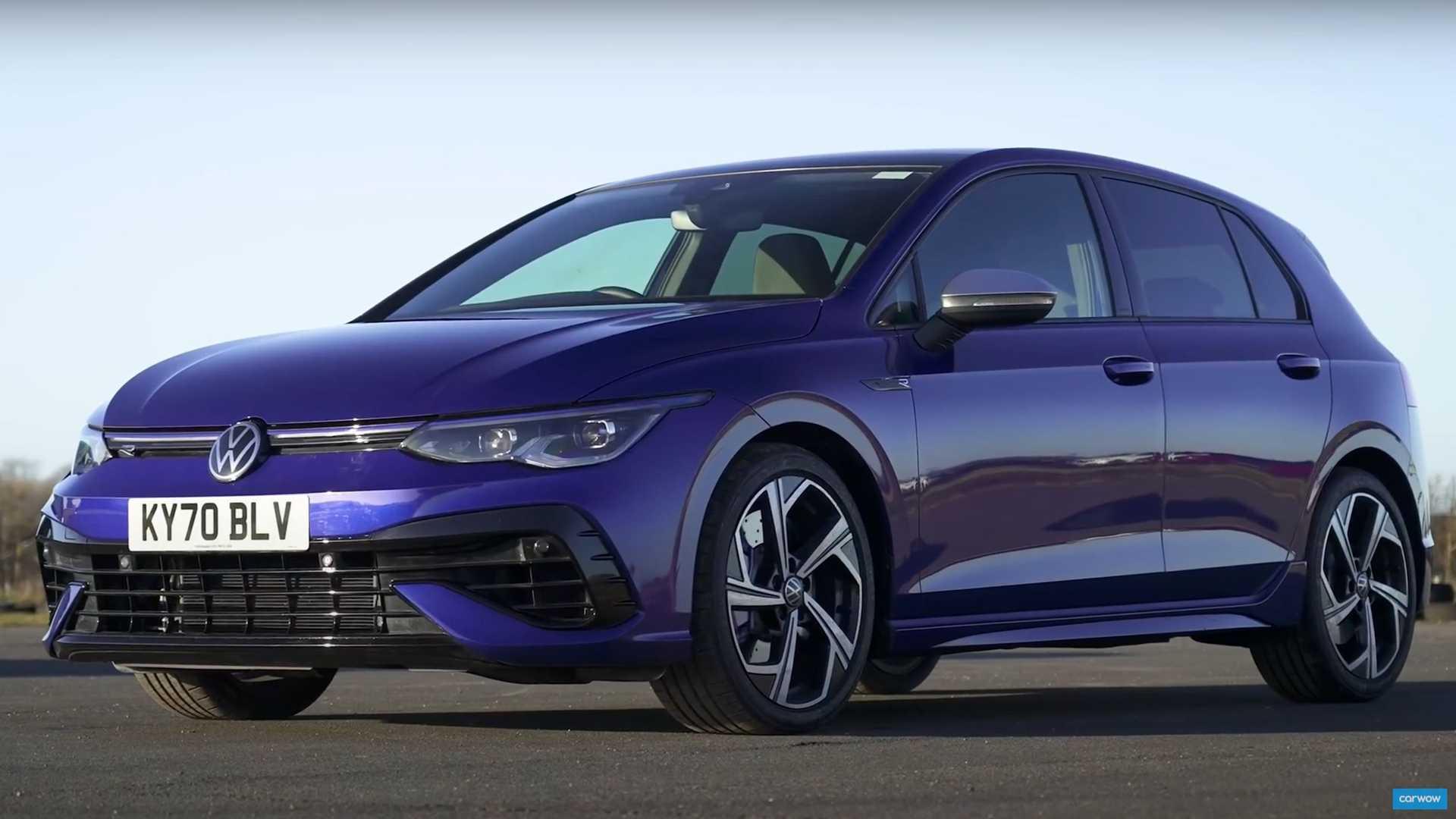 2021 VW Golf R Drag Races Its Luxury Hot Hatch Rivals - Motor1