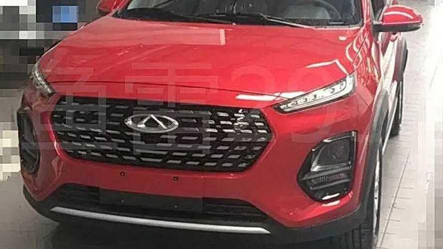 Flagra: Chery Tiggo 2 aparece com cara de Hyundai Creta na China