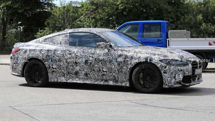 2020 BMW M4 prototipi, Nürburgring'in tozunu atıyor