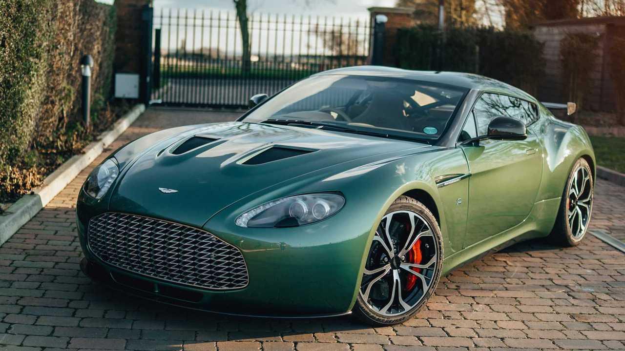 Aston Martin V12 Zagato de aluminio