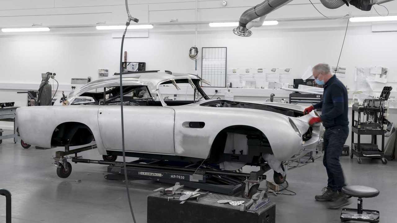 Aston Martin DB5 Goldfinger folytatása