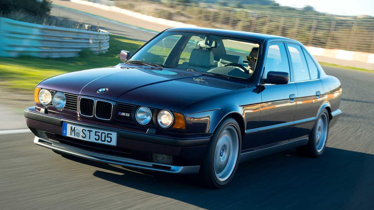 BMW M5 (E34 S)