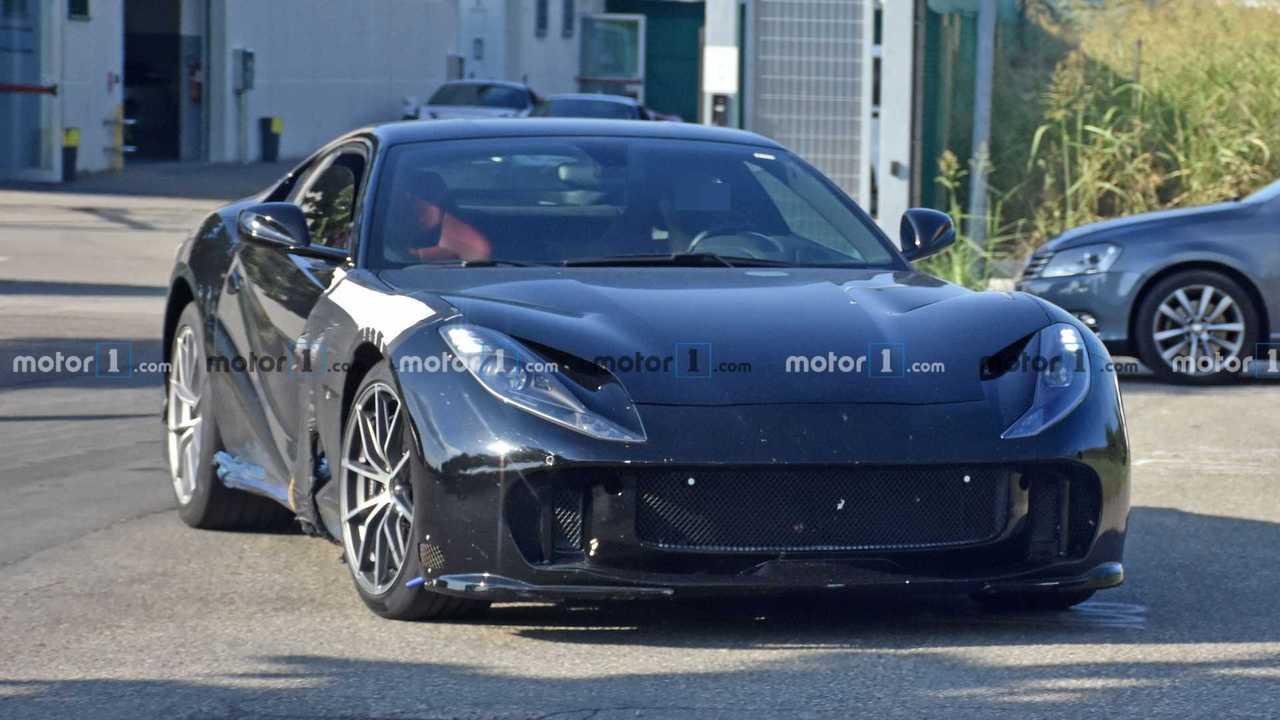 Ferrari 812 GTO spy photo