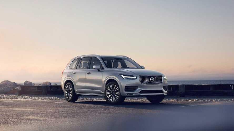 Большой кроссовер Volvo стал богаче и дороже в России