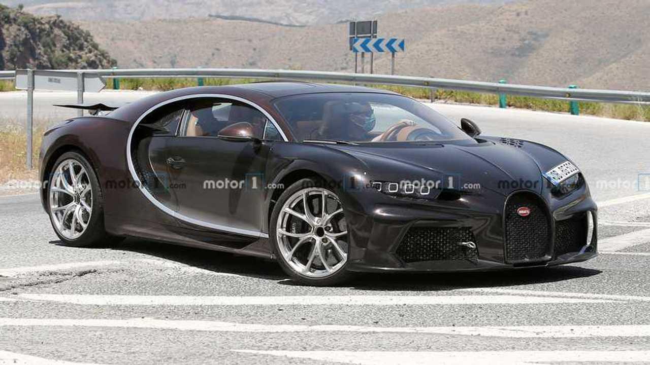 Bugatti Chiron, le foto spia di una probabile nuova versione