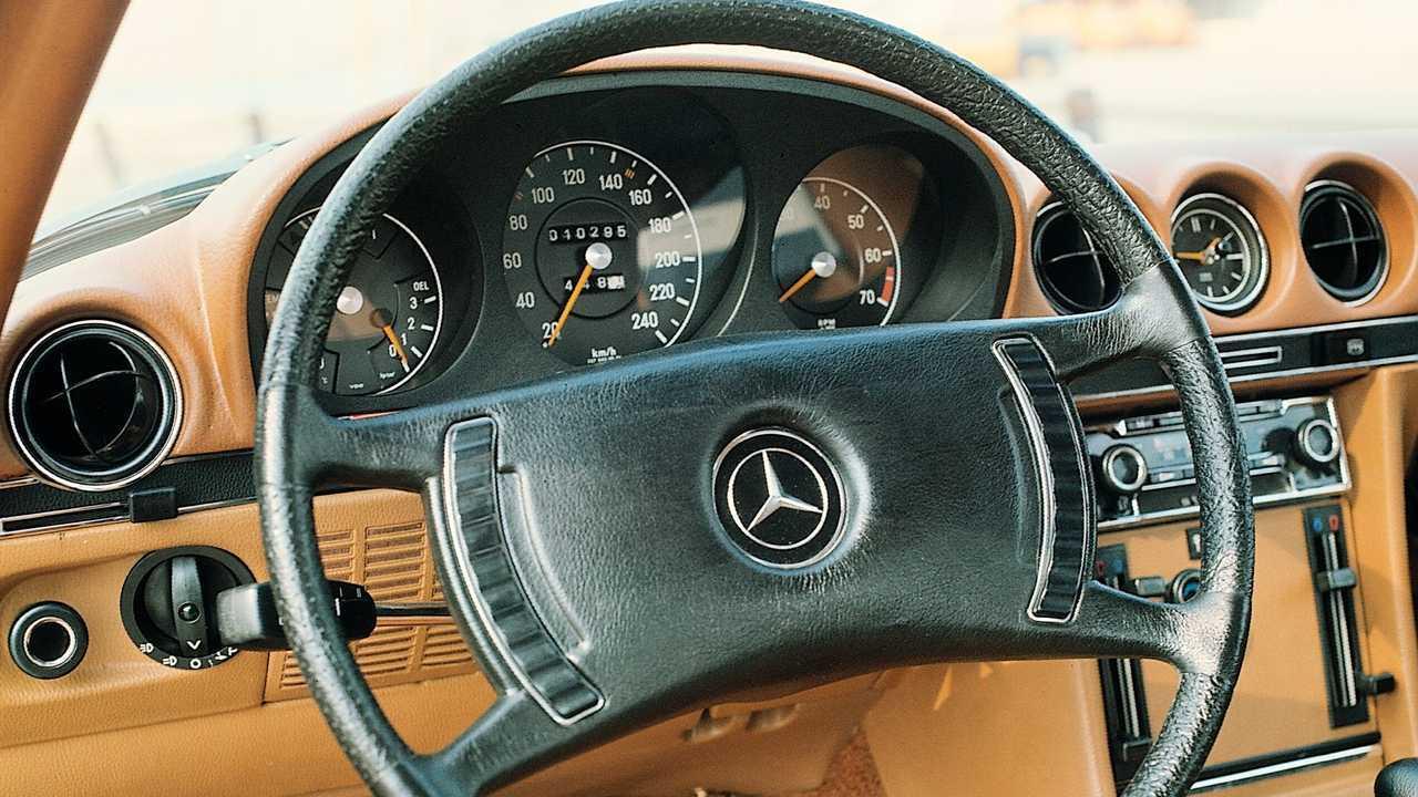Mercedes-Benz 350 SL R107 (1971-1989)
