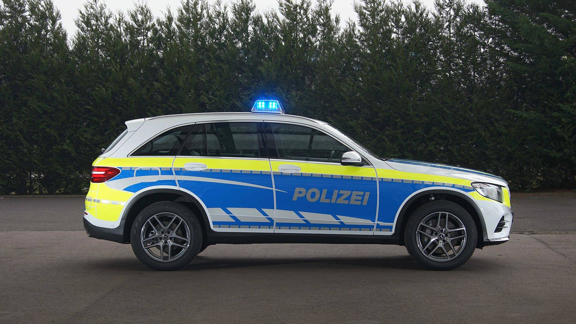 2018-mercedes-benz-police-vehicles.jpg