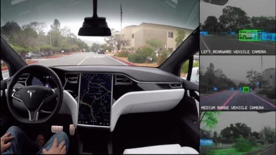 Tesla, nel 2017 arriva l'Autopilot 8.1