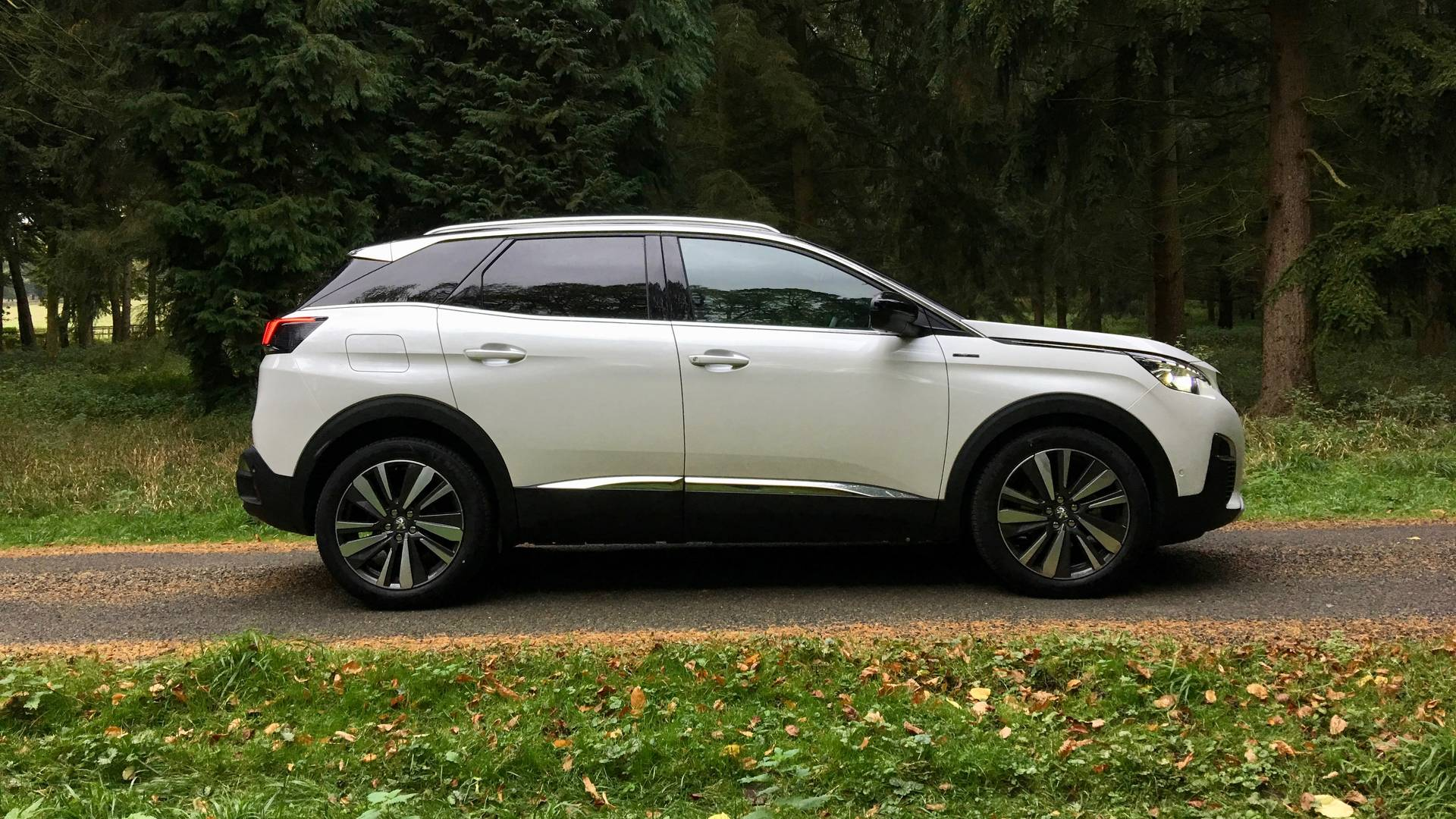 Peugeot 3008 Suv 1 6 Bluehdi Gt Line Living With It