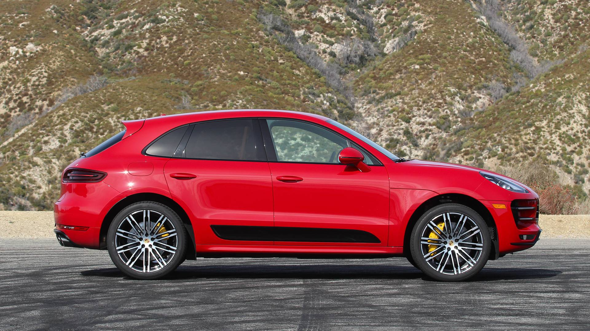 2018 Porsche Macan Turbo Review Sports