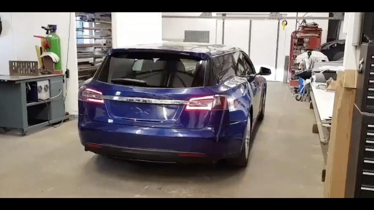 Tesla Model S shooting brake conversion