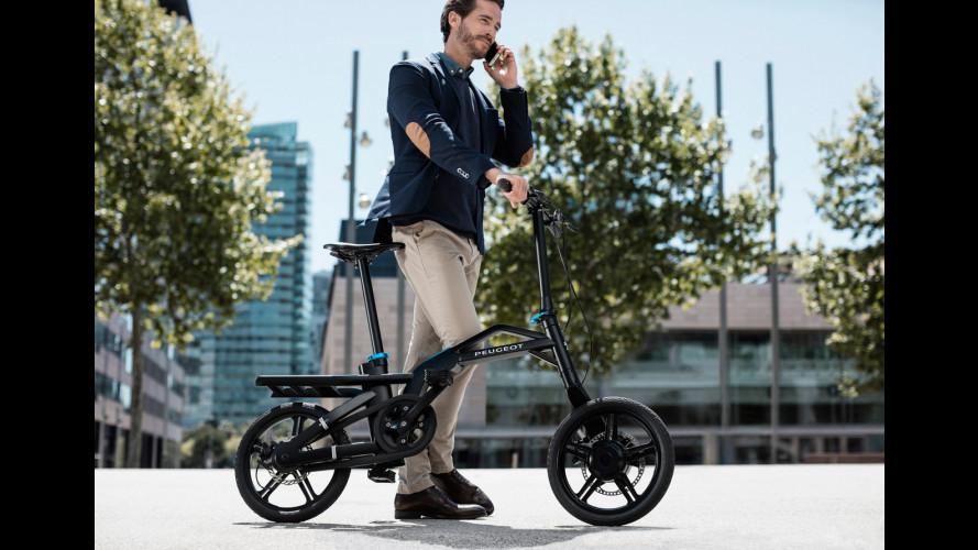 Peugeot eF01, la bici elettrica connessa allo smartphone