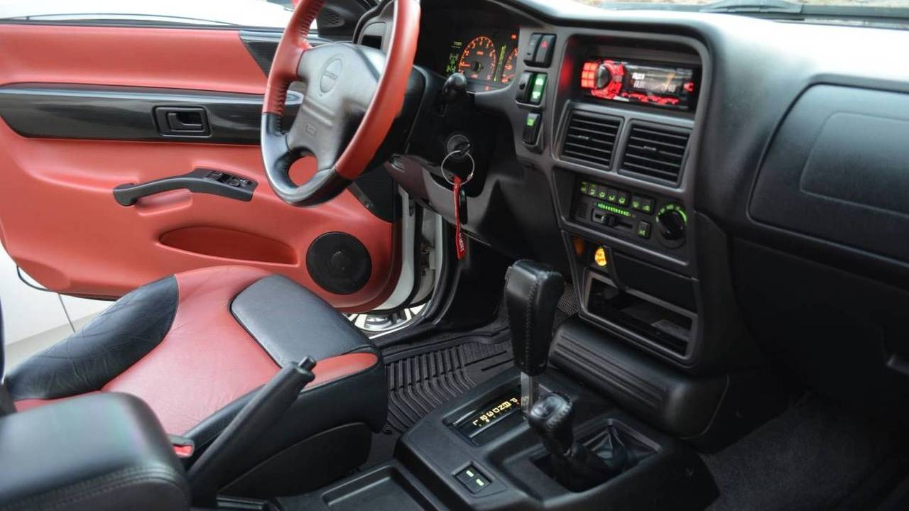 Isuzu Vehicross Ironman Edition Is $13,500 Wisely Spent