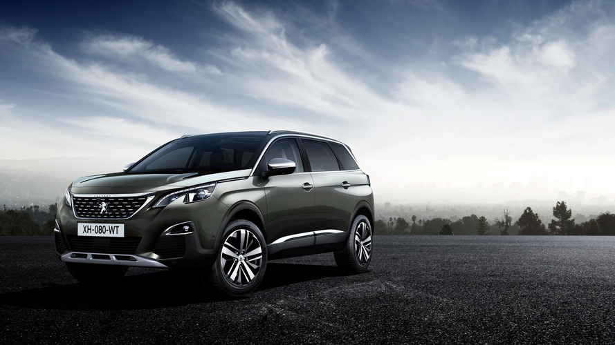 2017 Peugeot 5008 debuts as seven-seat SUV