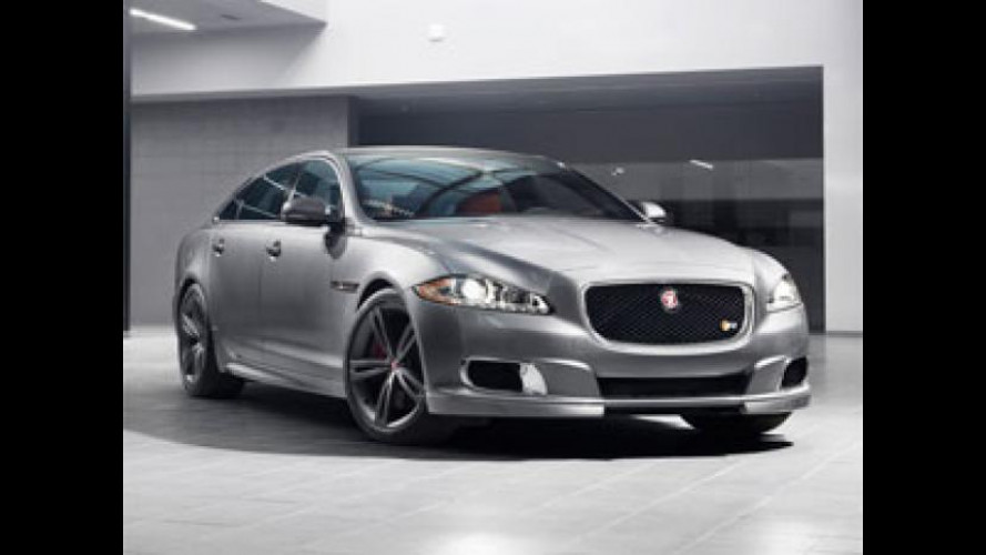Jaguar XJR al Salone di New York