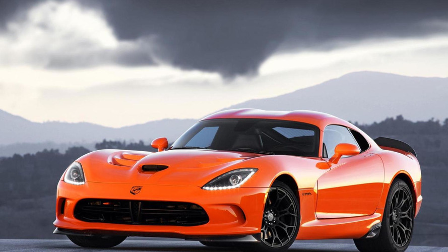 SRT bumps 2014 Viper starting price to 101,309 USD