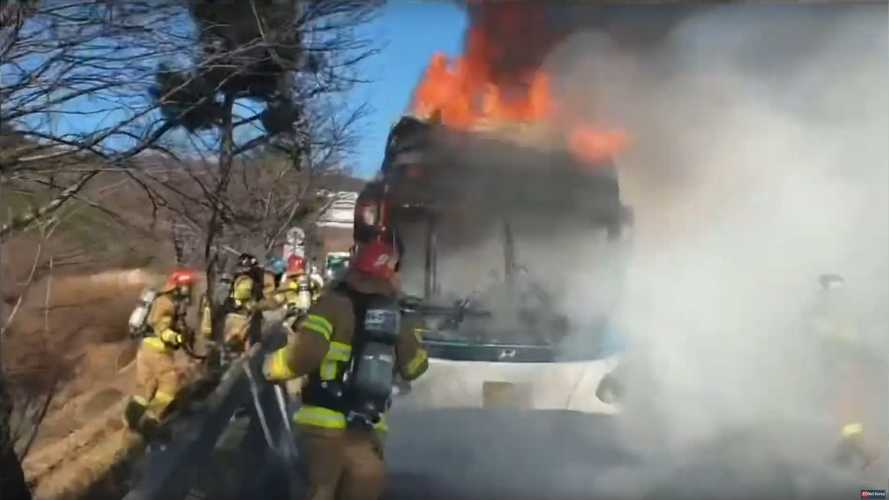 Hyundai Elec City Bus Burns To The Ground In South Korea