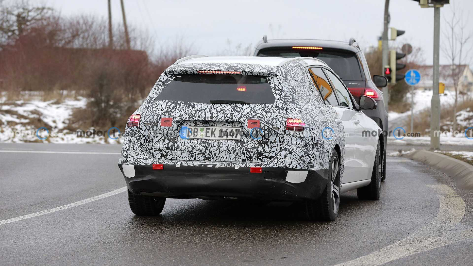2022 Mercedes-Benz C-Class Wagon Road Spy Shots