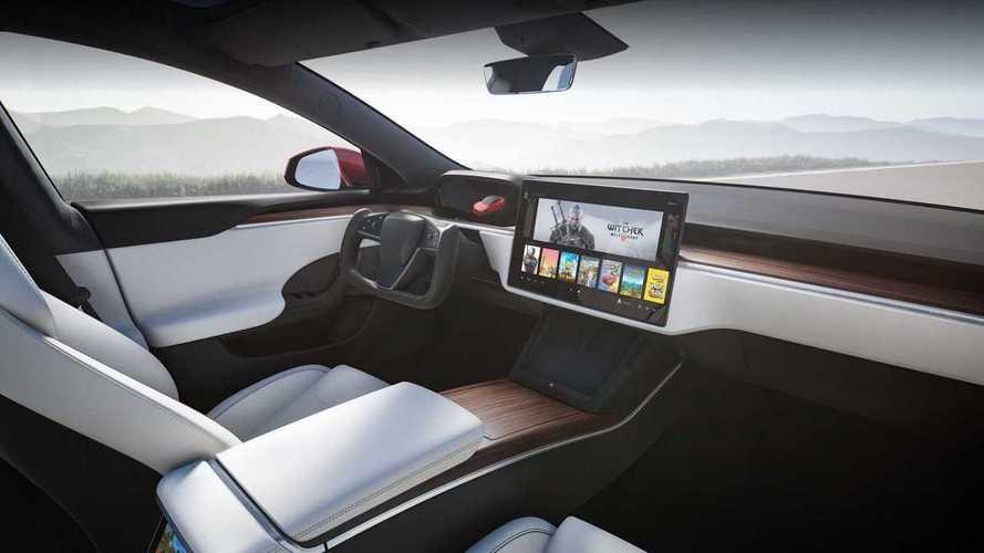 Tesla Model S 2021 estreia com volante tipo manche e até 840 km de autonomia