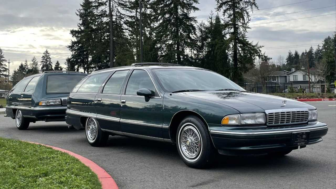 1993 Chevrolet Caprice Station Wagon Matching Trailer
