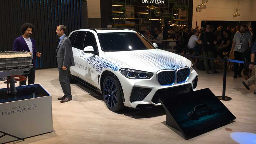 BMW готова начать производство X5 на водороде